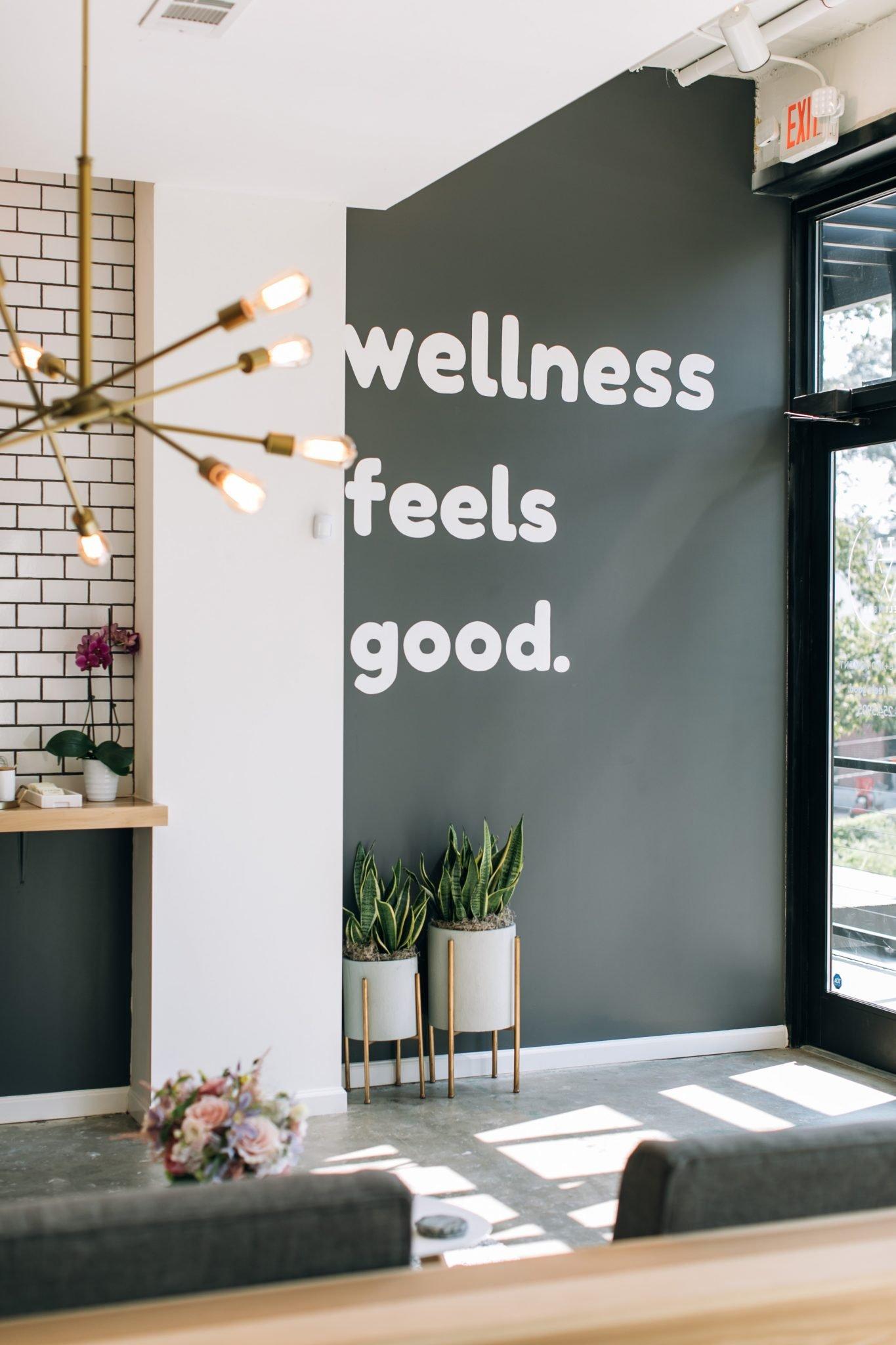 wellness-feels-good-mural